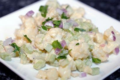 Простой салат из цветной капусты