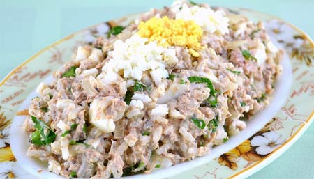Салат из риса и рыбы с огурцом — pic 5