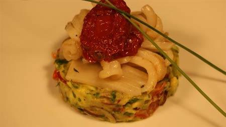 Салат из кальмаров под восточным соусом