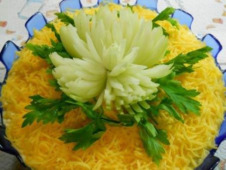 Хризантема с тунцом