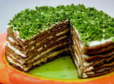 Закусочный торт из печени