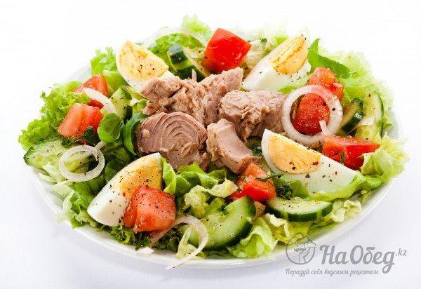 Салат з тунцм фото